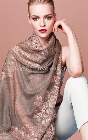 Wolle bestickt Schals
